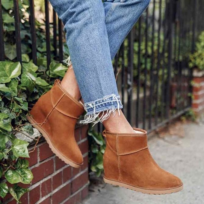 These best womens wedge booties are worth investing in this boot weather. They're comfortable, versatile, and go with everything in your wardrobe. Check them out!