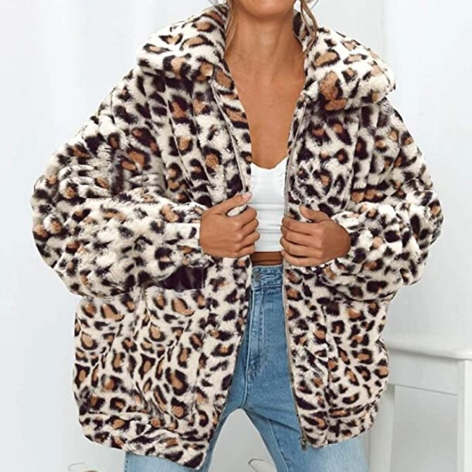 These best teddy coat womens options have taken up a storm in the fashion world and are not to be missed. Check them out now!