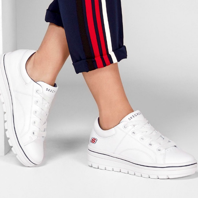 They make you taller, stronger, sharper, firmer and look killer! That's the best platform sneakers for women we're talking about! Nothing can beat their cool!