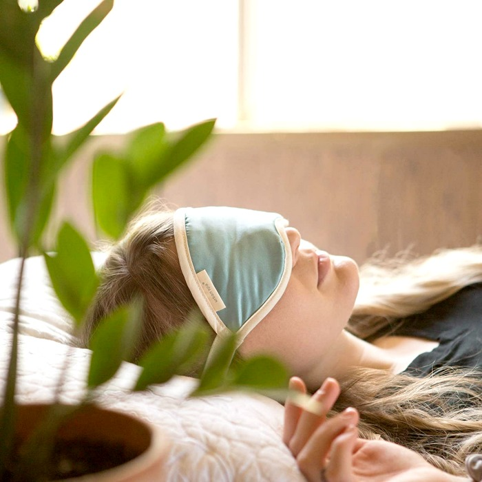 Are you in need of a serious snooze? Depuff, chillax and add style to your sleepwear with our list of the best cute sleep masks!