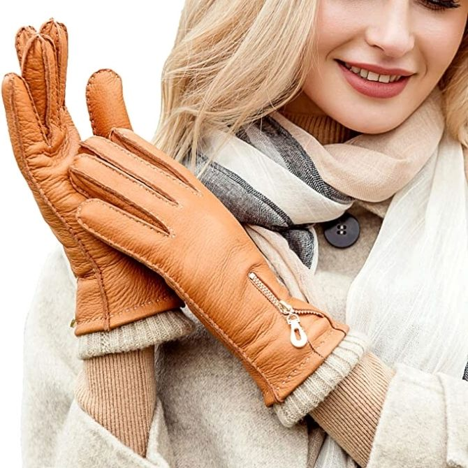 The best leather gloves for women are a must to max out the potentials of your winter wardrobe. Whether you're looking to replace the oldies or in for a cool one, we've got it for you!